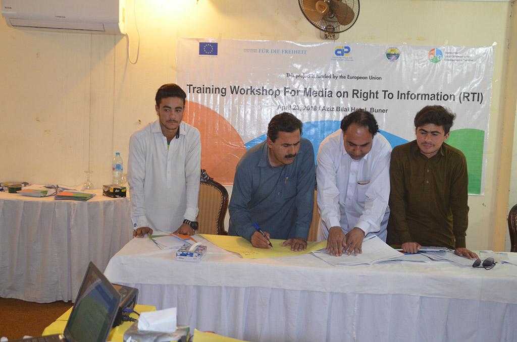 Training Workshops for Media on RTI